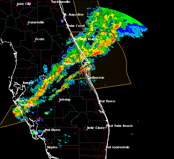 Radar Image for Severe Thunderstorms near Cocoa West, FL at 1/22/2017 9:32 PM EST
