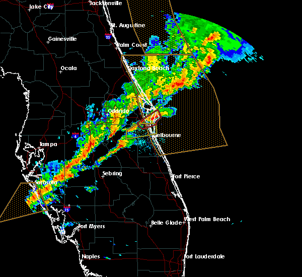Radar Image for Severe Thunderstorms near Cocoa West, FL at 1/22/2017 9:45 PM EST