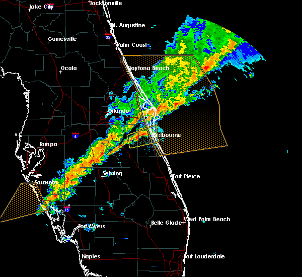 Radar Image for Severe Thunderstorms near Merritt Island, FL at 1/22/2017 10:10 PM EST