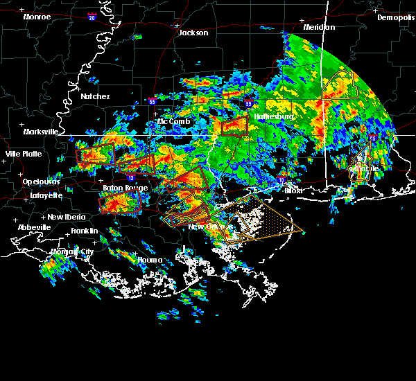 Radar Image for Severe Thunderstorms near Gramercy, LA at 2/7/2017 11:05 AM CST