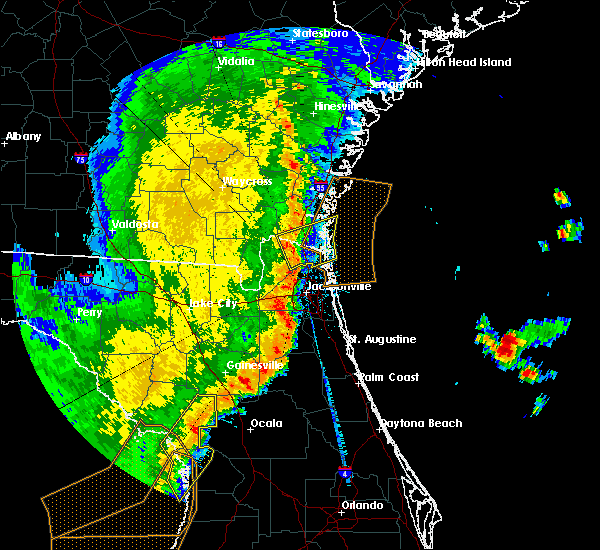 Radar Image for Severe Thunderstorms near Nassau Village-Ratliff, FL at 2/7/2017 10:21 PM EST
