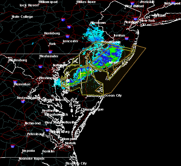 Radar Image for Severe Thunderstorms near Dover, DE at 2/13/2017 12:00 AM EST
