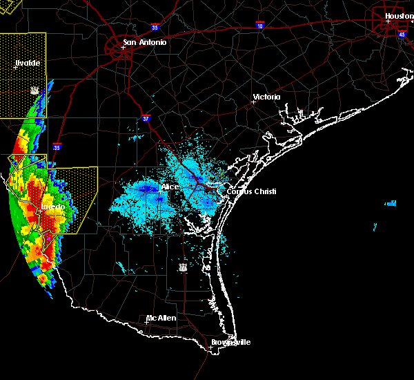 Radar Image for Severe Thunderstorms near Laredo Ranchettes, TX at 2/19/2017 8:16 PM CST
