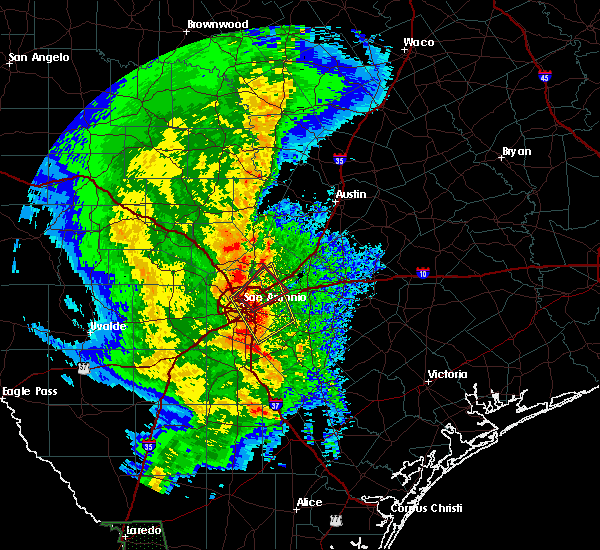Radar Image for Severe Thunderstorms near Alamo Heights, TX at 2/19/2017 10:45 PM CST