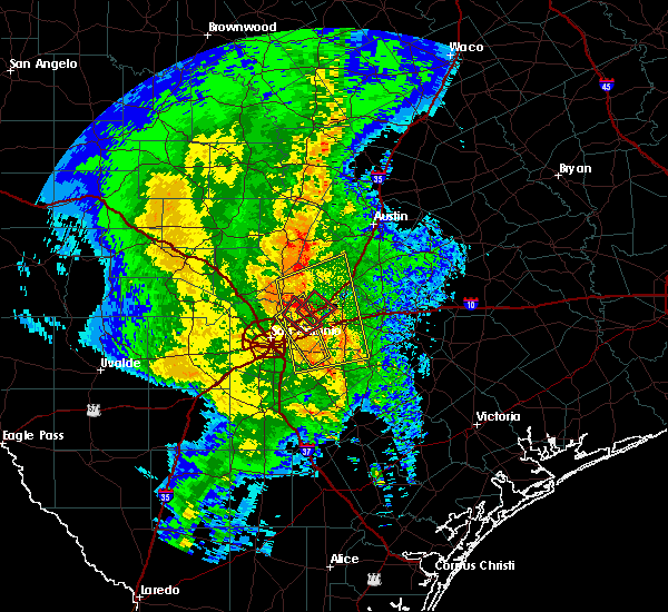 Radar Image for Severe Thunderstorms near Cibolo, TX at 2/19/2017 11:06 PM CST