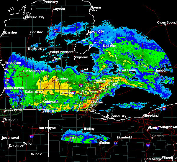 Radar Image for Severe Thunderstorms near Toledo, OH at 3/1/2017 12:23 AM EST