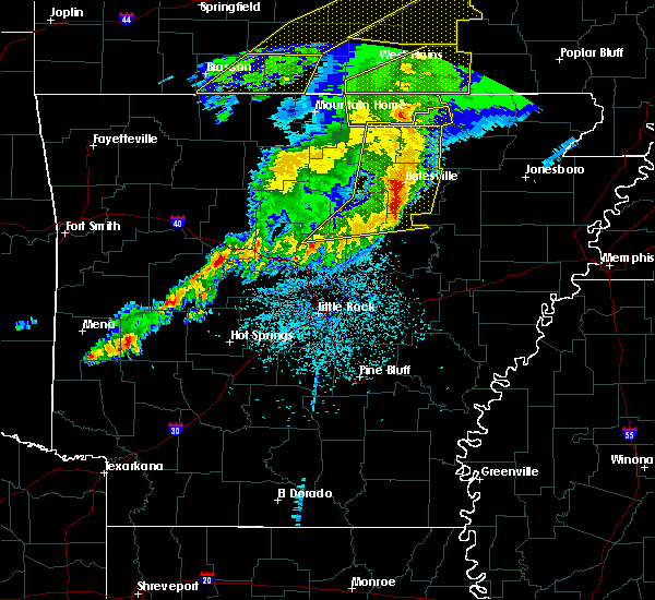 Radar Image for Severe Thunderstorms near Melbourne, AR at 3/1/2017 3:04 AM CST
