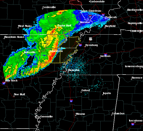 Radar Image for Severe Thunderstorms near Blytheville, AR at 3/1/2017 4:01 AM CST