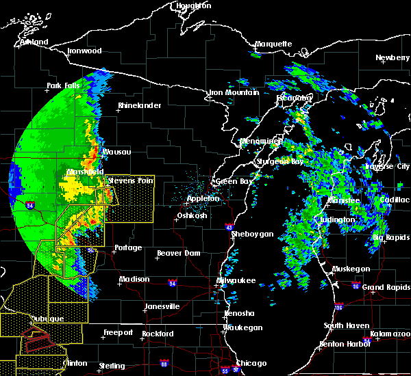 Radar Image for Severe Thunderstorms near King, WI at 3/6/2017 10:17 PM CST