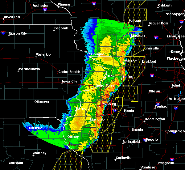 Radar Image for Severe Thunderstorms near Cambridge, IL at 3/6/2017 11:27 PM CST