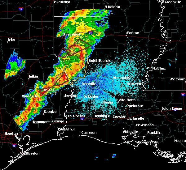 Radar Image for Severe Thunderstorms near Sam Rayburn, TX at 3/24/2017 11:15 PM CDT