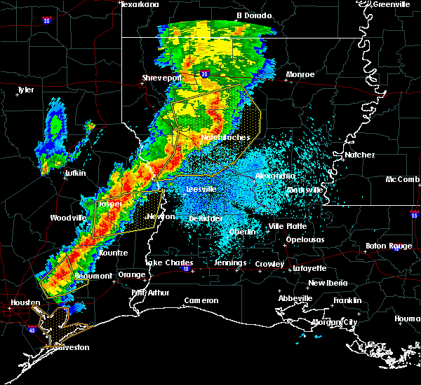 Radar Image for Severe Thunderstorms near Saline, LA at 3/24/2017 11:39 PM CDT