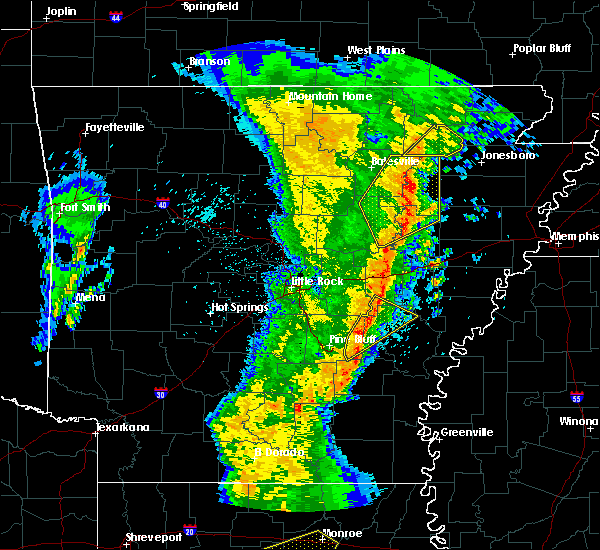 Radar Image for Severe Thunderstorms near Newark, AR at 3/25/2017 12:36 AM CDT