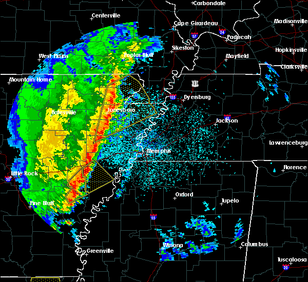 Radar Image for Severe Thunderstorms near Blytheville, AR at 3/25/2017 1:26 AM CDT