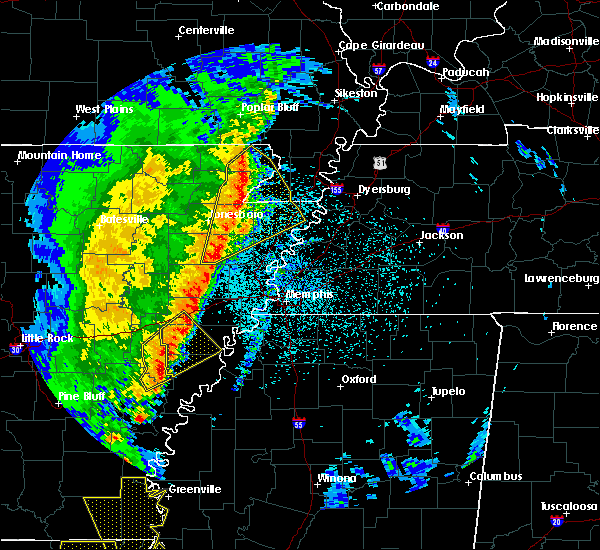 Radar Image for Severe Thunderstorms near Paragould, AR at 3/25/2017 1:40 AM CDT