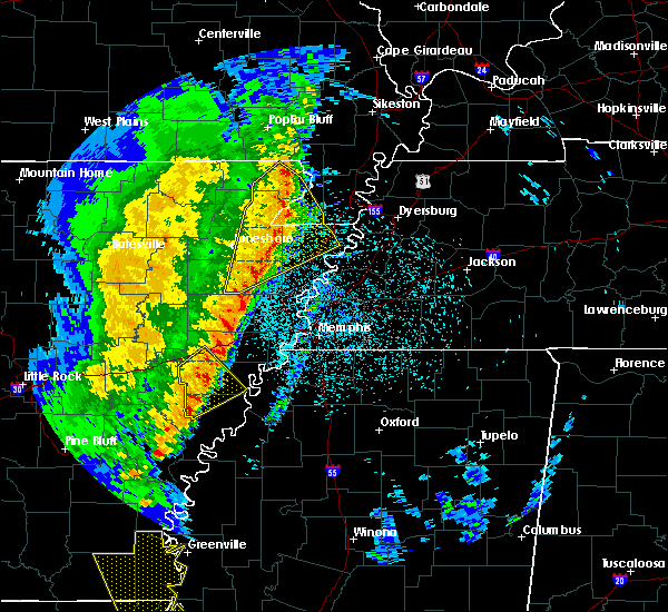 Radar Image for Severe Thunderstorms near Blytheville, AR at 3/25/2017 1:52 AM CDT