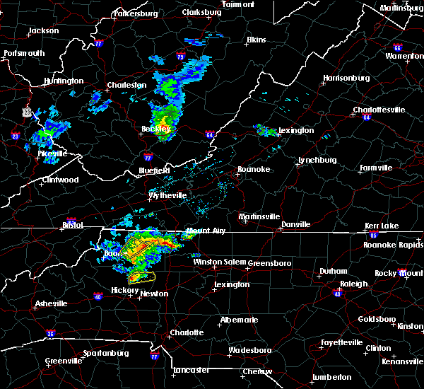 Radar Image for Severe Thunderstorms near Taylorsville, NC at 3/27/2017 6:00 PM EDT