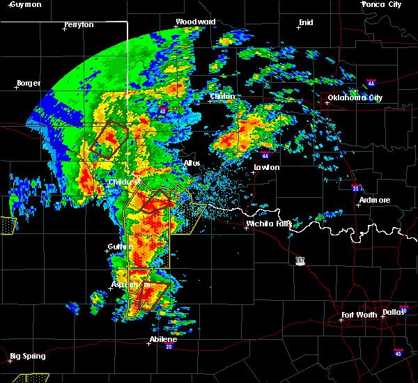 Radar Image for Severe Thunderstorms near Vernon, TX at 3/28/2017 6:21 PM CDT