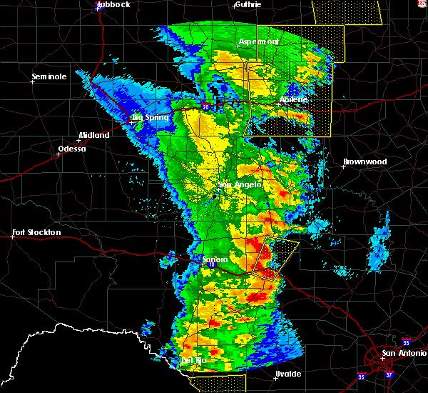 Radar Image for Severe Thunderstorms near Junction, TX at 3/28/2017 11:15 PM CDT