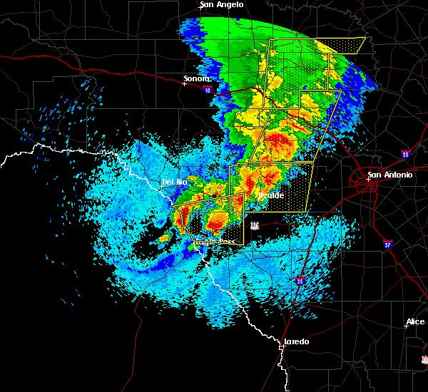 Radar Image for Severe Thunderstorms near Ingram, TX at 3/29/2017 12:19 AM CDT