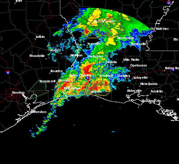 Radar Image for Severe Thunderstorms near Lake Charles, LA at 3/29/2017 7:03 PM CDT