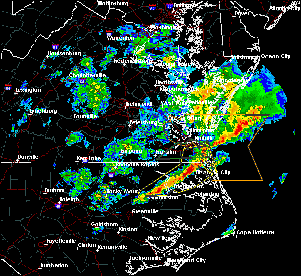 Radar Image for Severe Thunderstorms near Chesapeake, VA at 3/31/2017 8:14 PM EDT