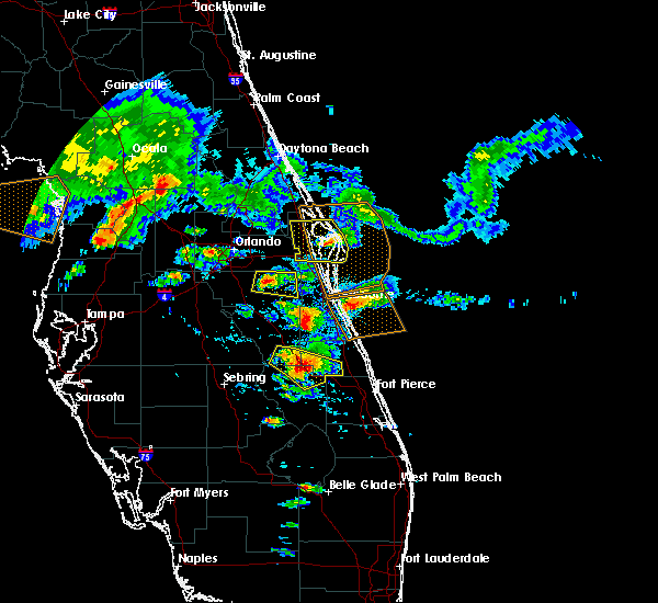 Radar Image for Severe Thunderstorms near Merritt Island, FL at 4/4/2017 4:24 PM EDT