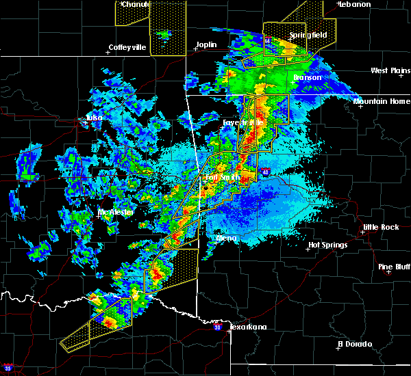 Radar Image for Severe Thunderstorms near St. Paul, AR at 4/4/2017 8:45 PM CDT
