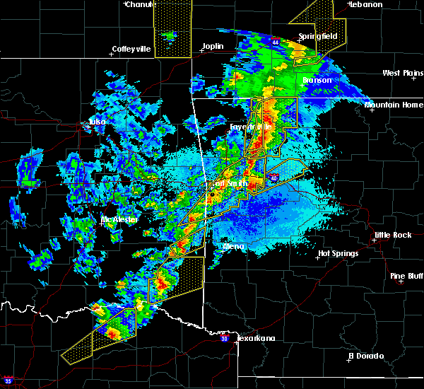 Radar Image for Severe Thunderstorms near St. Paul, AR at 4/4/2017 8:49 PM CDT