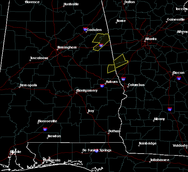Radar Image for Severe Thunderstorms near La Fayette, AL at 4/5/2017 6:00 AM CDT