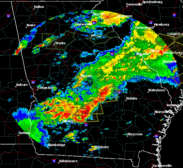 Radar Image for Severe Thunderstorms near Eastman, GA at 4/5/2017 3:38 PM EDT