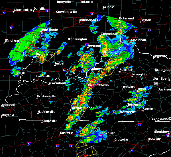 Radar Image for Severe Thunderstorms near Eminence, KY at 4/5/2017 5:40 PM EDT
