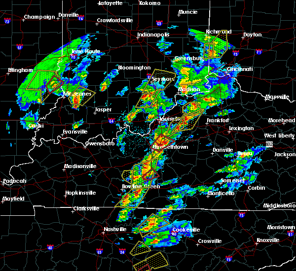 Radar Image for Severe Thunderstorms near Eminence, KY at 4/5/2017 5:44 PM EDT