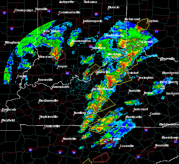 Radar Image for Severe Thunderstorms near Frankfort, KY at 4/5/2017 6:17 PM EDT
