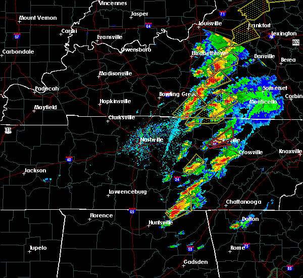 Radar Image for Severe Thunderstorms near Algood, TN at 4/5/2017 5:33 PM CDT
