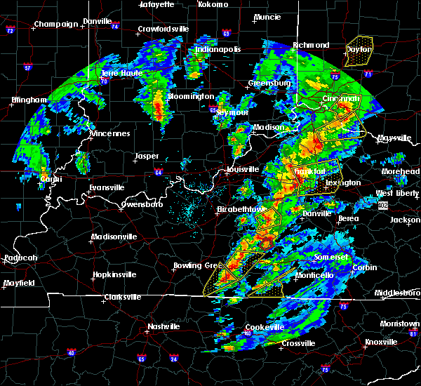 Radar Image for Severe Thunderstorms near Frankfort, KY at 4/5/2017 6:48 PM EDT