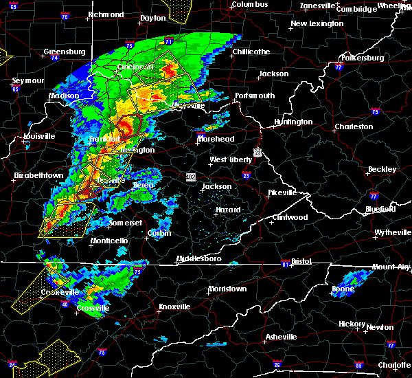 Radar Image for Severe Thunderstorms near Harrodsburg, KY at 4/5/2017 7:24 PM EDT