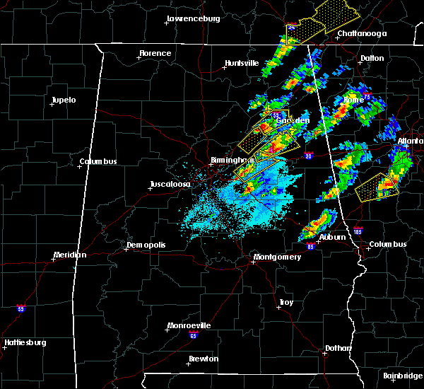 Radar Image for Severe Thunderstorms near Pell City, AL at 4/5/2017 6:37 PM CDT