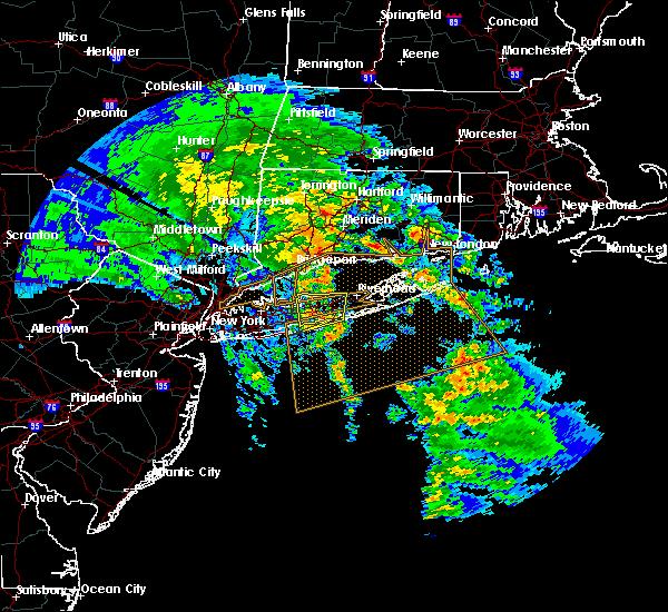 Radar Image for Severe Thunderstorms near Shoreham, NY at 4/6/2017 5:49 PM EDT