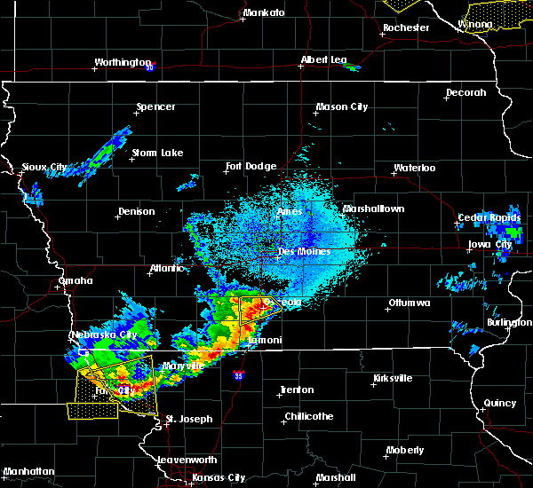 Radar Image for Severe Thunderstorms near Osceola, IA at 4/9/2017 11:55 PM CDT