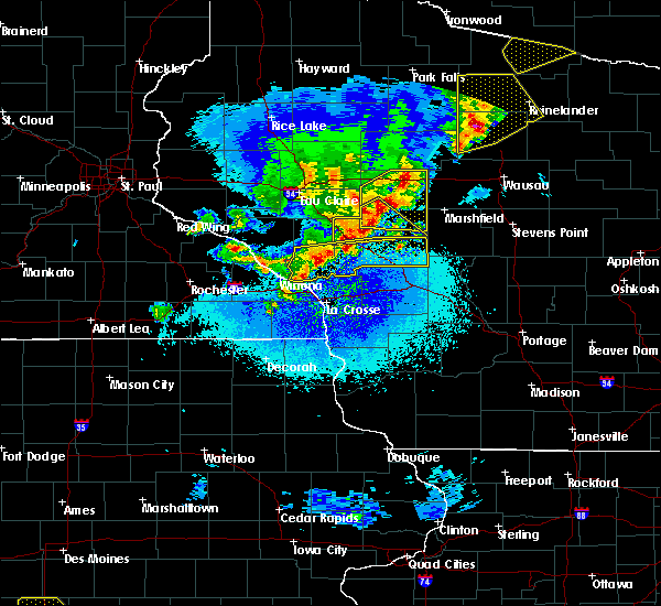 Radar Image for Severe Thunderstorms near Hatfield, WI at 4/9/2017 11:58 PM CDT