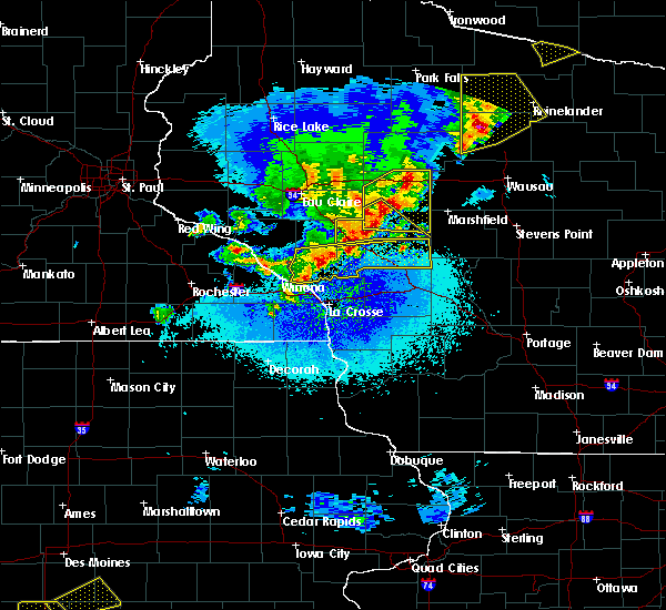Radar Image for Severe Thunderstorms near Greenwood, WI at 4/10/2017 12:02 AM CDT