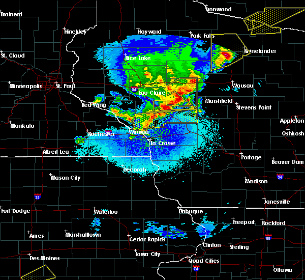 Radar Image for Severe Thunderstorms near Blair, WI at 4/10/2017 12:11 AM CDT