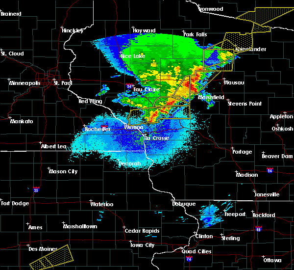 Radar Image for Severe Thunderstorms near Blair, WI at 4/10/2017 12:29 AM CDT
