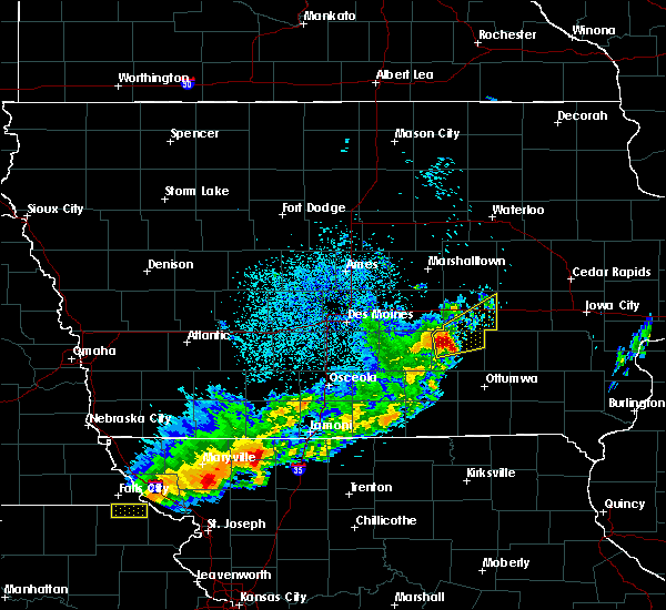 Radar Image for Severe Thunderstorms near Hartwick, IA at 4/10/2017 12:54 AM CDT