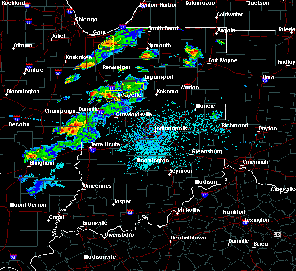Radar Image for Severe Thunderstorms near Otterbein, IN at 4/10/2017 9:57 PM EDT
