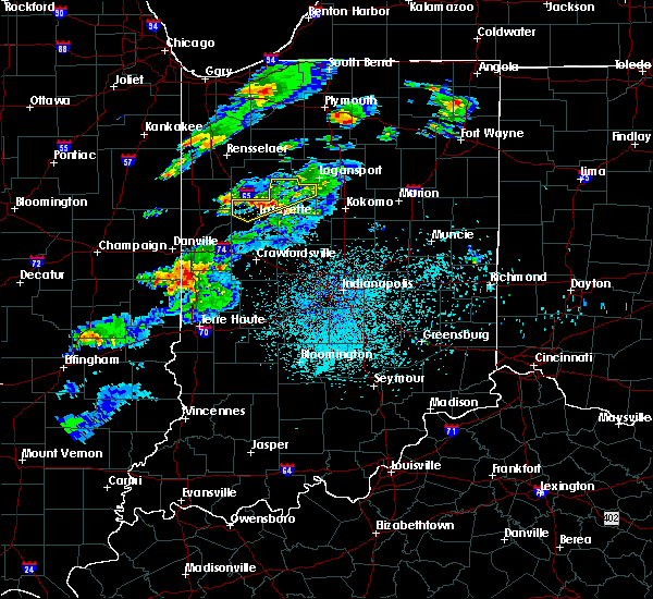 Radar Image for Severe Thunderstorms near Otterbein, IN at 4/10/2017 10:12 PM EDT