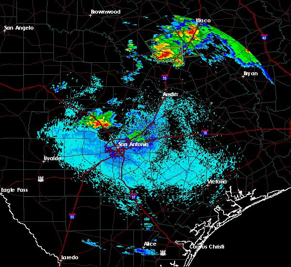 Radar Image for Severe Thunderstorms near Boerne, TX at 4/11/2017 4:17 AM CDT