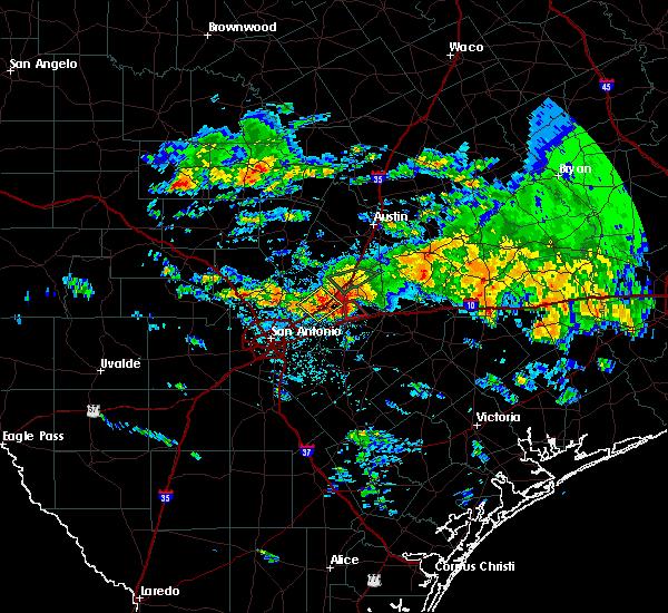 Radar Image for Severe Thunderstorms near Kingsbury, TX at 4/11/2017 1:20 PM CDT