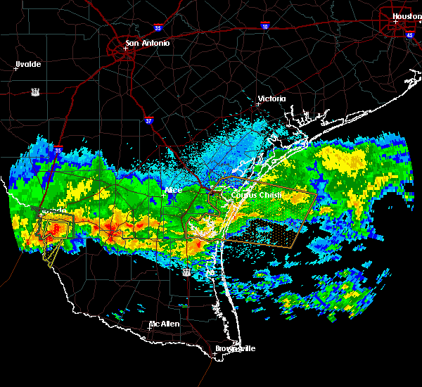 Radar Image for Severe Thunderstorms near San Ygnacio, TX at 4/11/2017 8:30 PM CDT